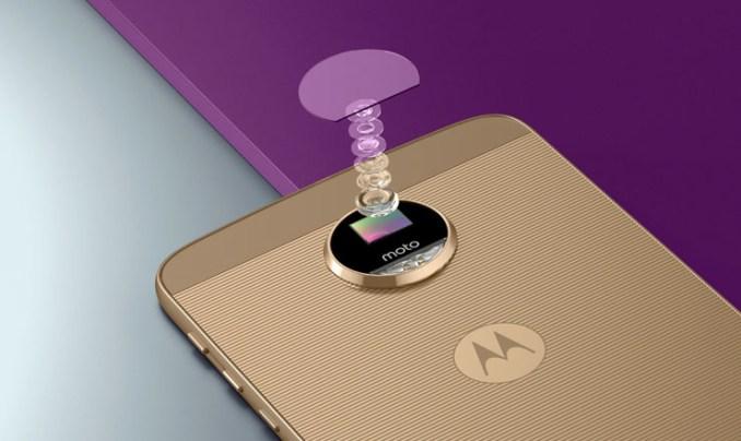 """Lenovo Moto Z con Moto Mods, lo smartphone che si """"trasforma"""""""