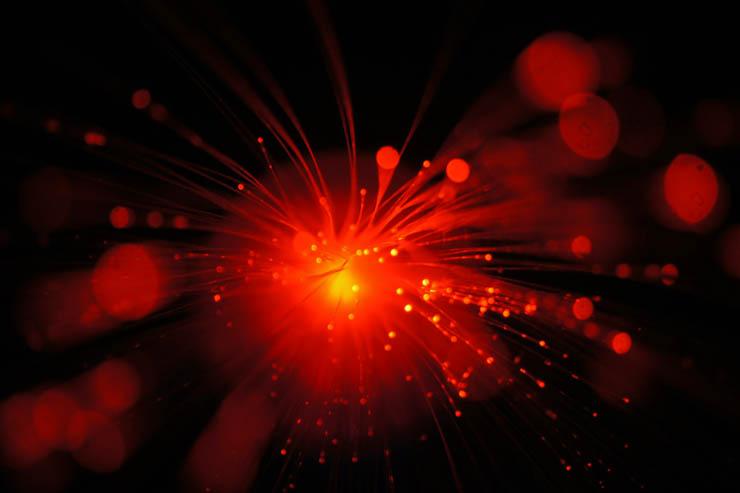 Open Fiber illustra i vantaggi della fibra ottica