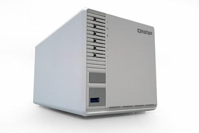 QNAP TS-328, supporto RAID 5 per le microimprese