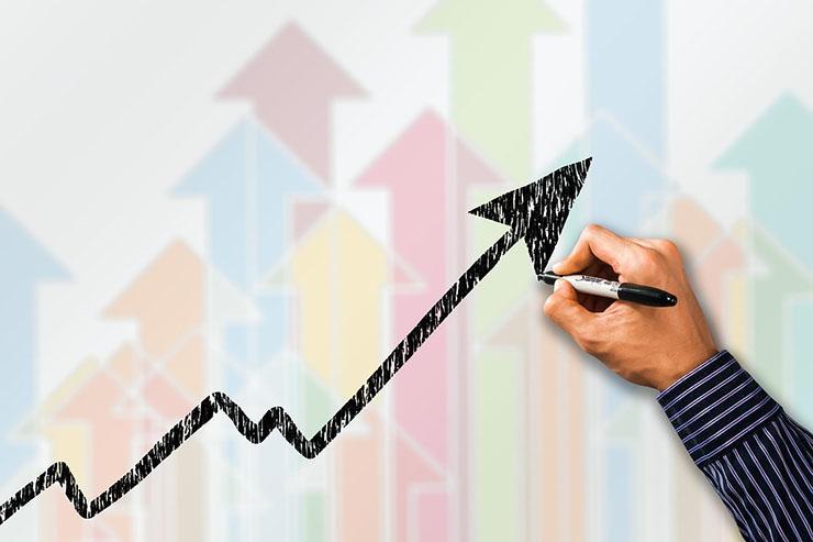 Lenovo continua sulla strada della crescita a doppia cifra