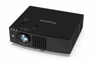 Efficienti e compatti: ecco i proiettori laser Panasonic