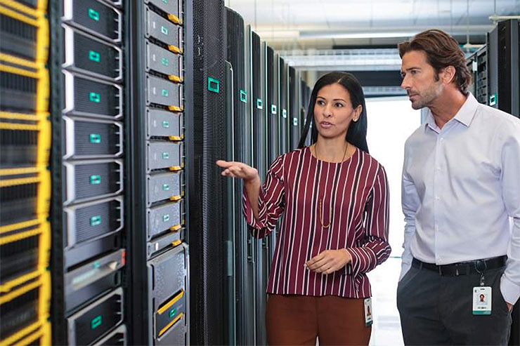 Hewlett Packard aiuta le aziende ad usufruire del cloud ibrido