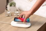 WD SanDisk iXpand Wireless Charger per iPhone e Android
