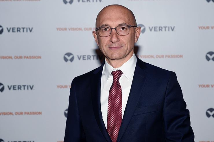 Efficienza e UPS, intervista a Stefano Mozzato di Vertiv