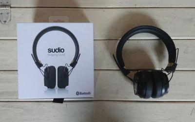 Sudio Regent headphones with box