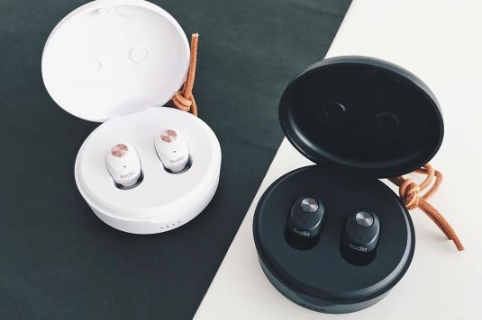 Sudio Niva wireless earphones