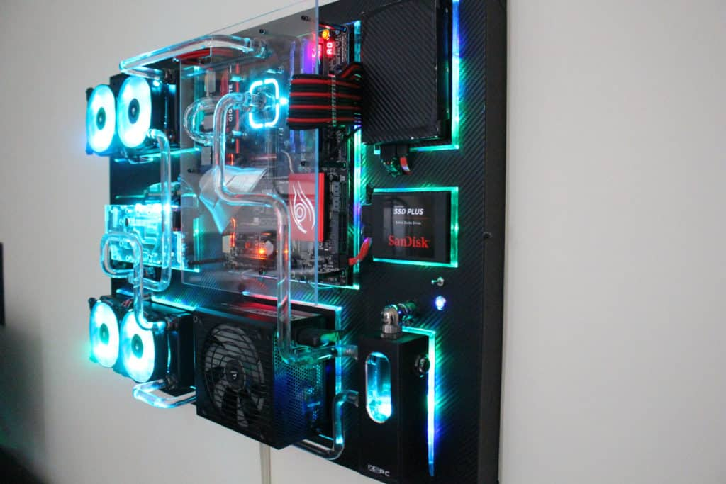 8 Ridiculously Awesome WallMounted PC Build Examples