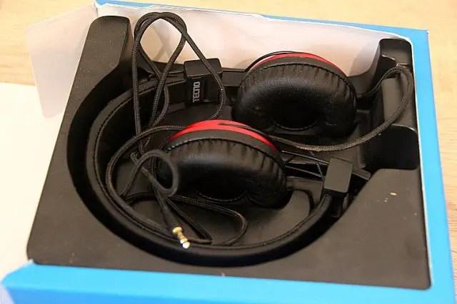Tecno boom j8 headphones