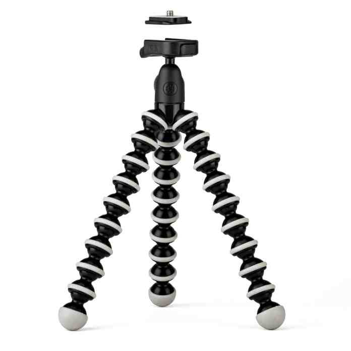 Top 9 Best Smartphone Tripod Mounts for Smartphone Photography 1