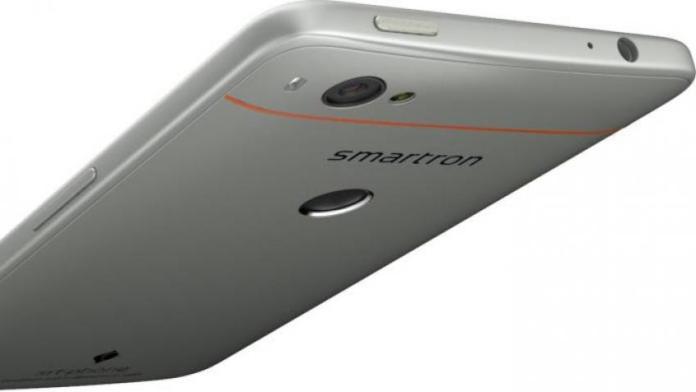 Smartron SRT Phone Review 4