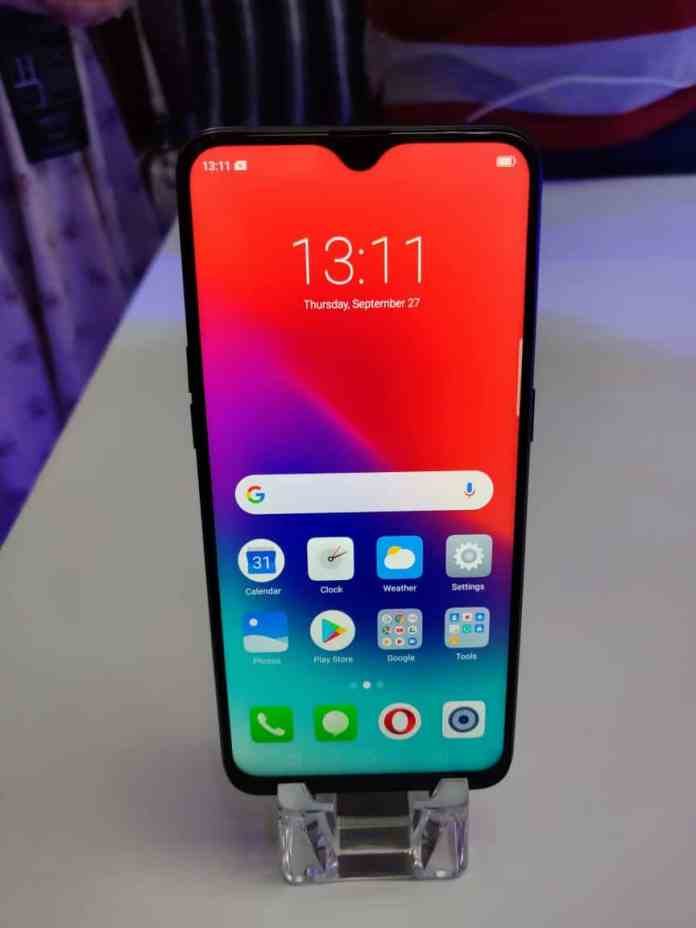 RealMe 2 Pro First Impression - Power packed spec to disrupt the market segment. 2
