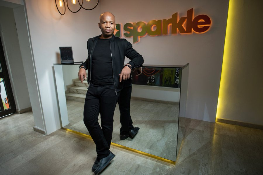 Sparkle, a new digital bank by ex Diamond bank CEO finally goes live.
