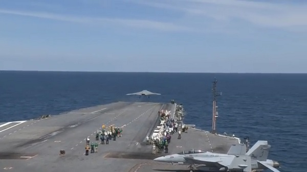 us-navy-drone-take-off-carrier