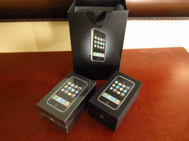 3-iphone.jpg