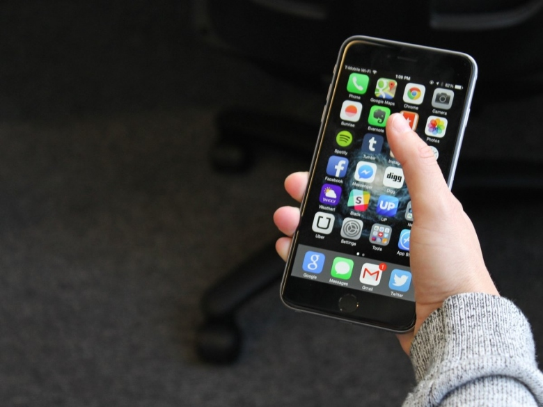 1-iphone-6-plus.jpg