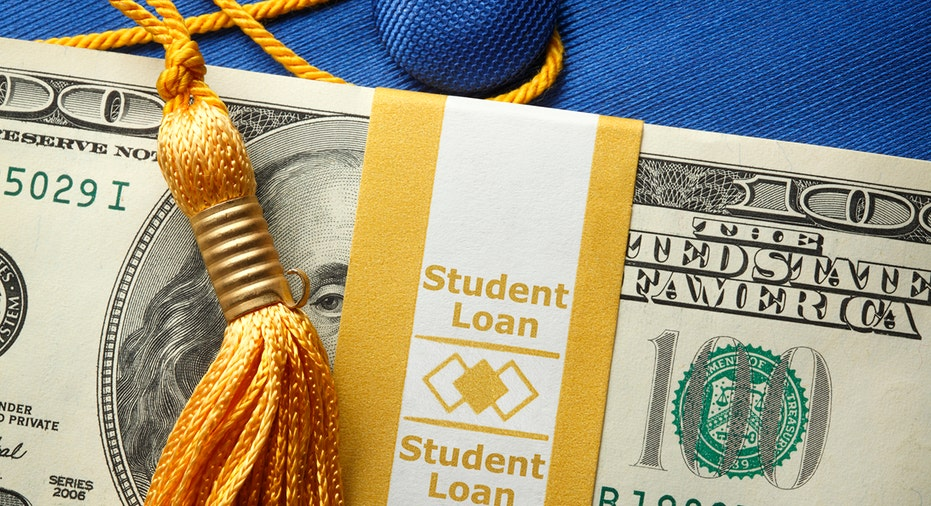 What should you pay attention to before refinancing your student loan?
