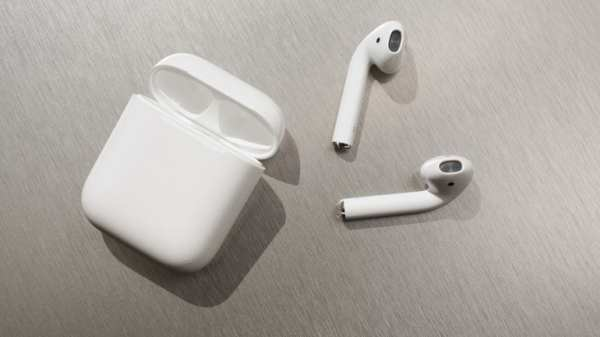 The Airpods and the charging case