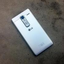 LG Zero (11)