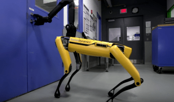 Robot Opens Doors! Humans Are Doomed! http://techmash.co.uk/2018/02/13/boston-dynamics-spot-door/
