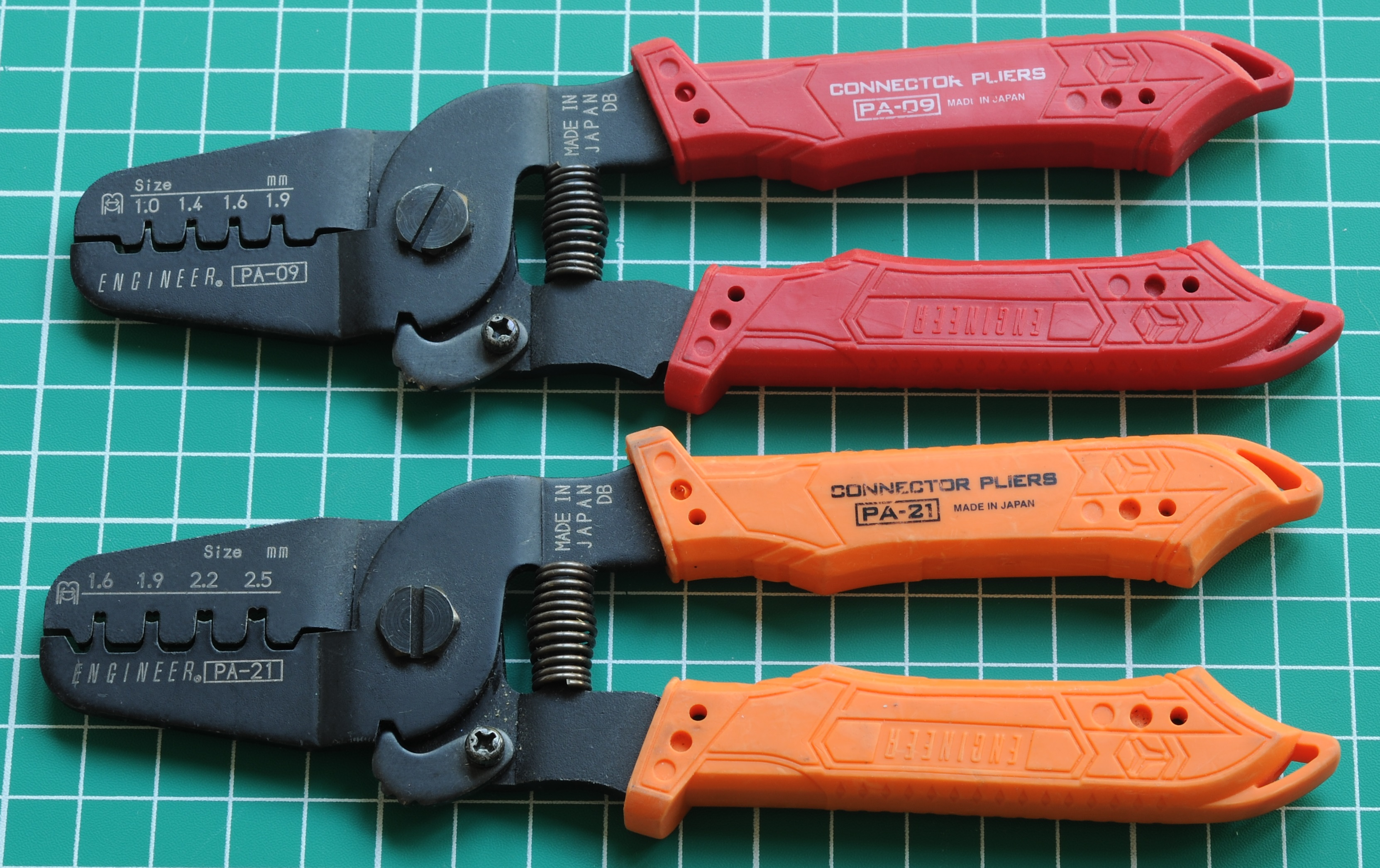 Common wiretoboard wiretowire connectors and crimp tools  Matts Tech Pages