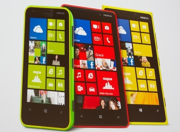 Nokia_620_020