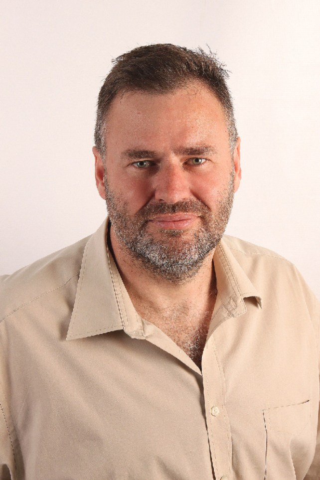 Warwick Ward-Cox, Managing Director