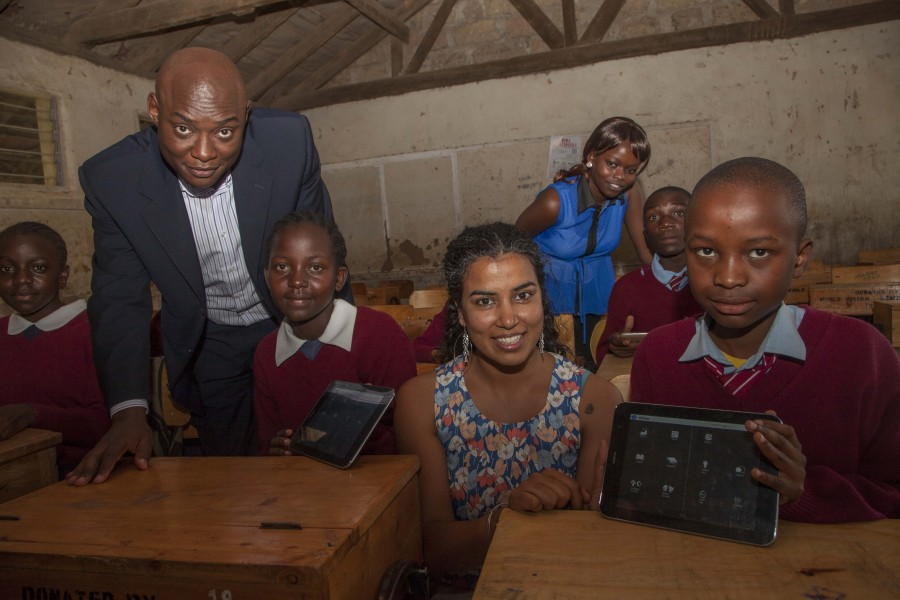 Qualcomm Director Business Development Billy Owino (left) and Nivi Mukherjee, CEO Elimu with students of Embakasi Garrison during the launch