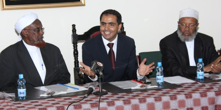 Left to Right- Jamia Mosque Chairman Sheikh Mohammed Osman Warfa, Airtel Kenya CEO Adil El Youssefi and Immam Sheikh Mohammed Swalihu