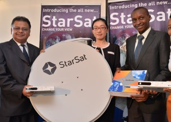 Startimes Media K Ltd VP Mark Lisboa (left), StarSat DTH director Tracy Lixue (center) and public relations manager Alex Mwaura