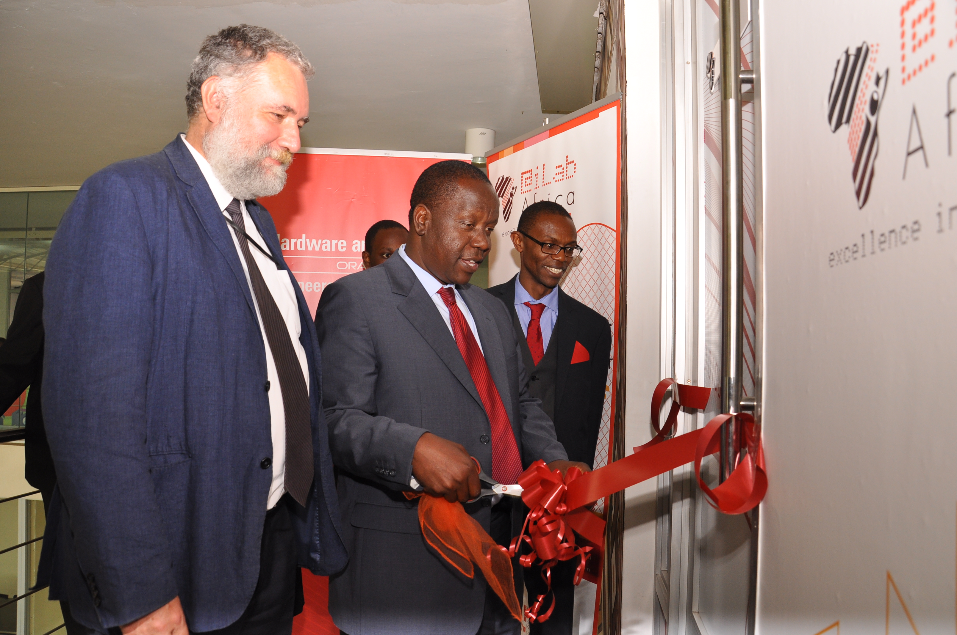 Photo of Cabinet Secretary launching Strathmore Centre of Excellence for Oracle