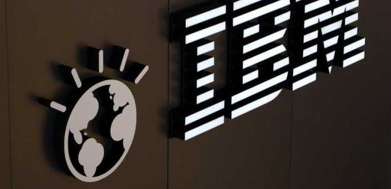 Carrefour partners IBM for a blockchain-based supply chain network to improve product traceability