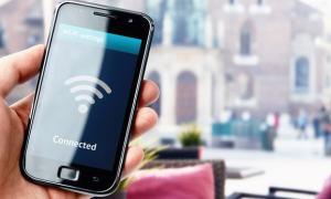 public-wifi-risks-safety-1
