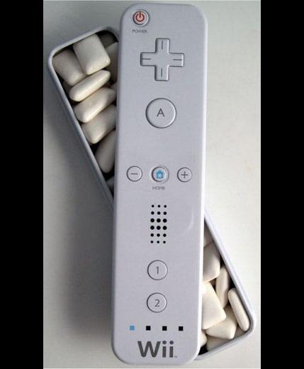 Nintendo Wii Controller Peppermint Gum