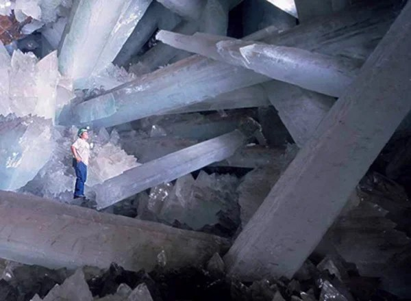 fortress solitude mexico cave crystals superman
