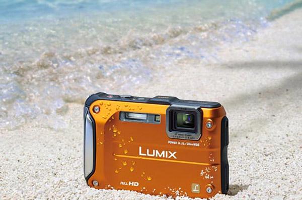 panasonic lumix dmc ft3 rugged camera point-and-shoot