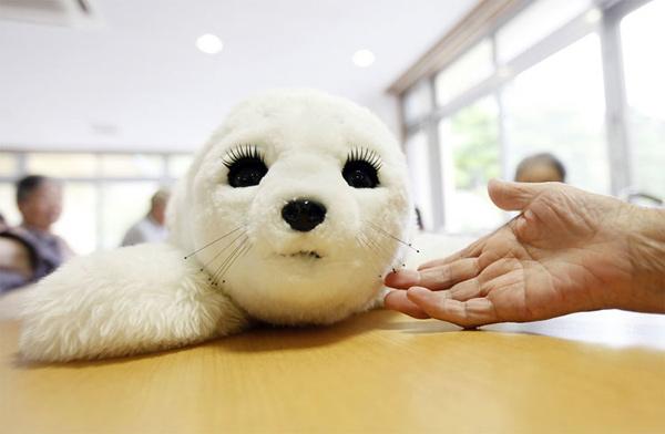 robot seal paro therapeutic robotherapy zootherapy fukushima japan