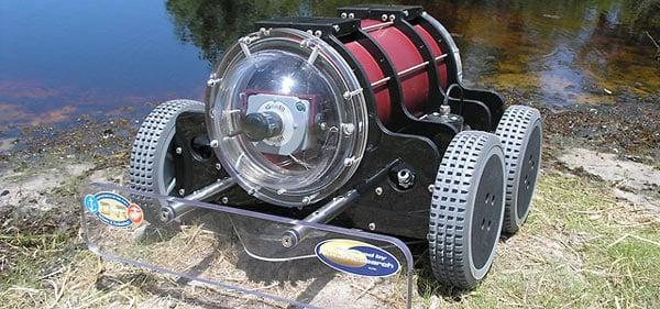 hull bug navy barnacles ship robot vacuum maintenance