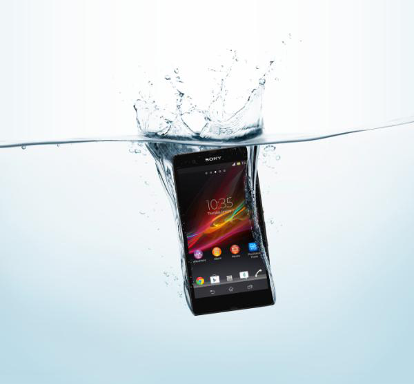 sony xperia z fonblet tablet smartphone water