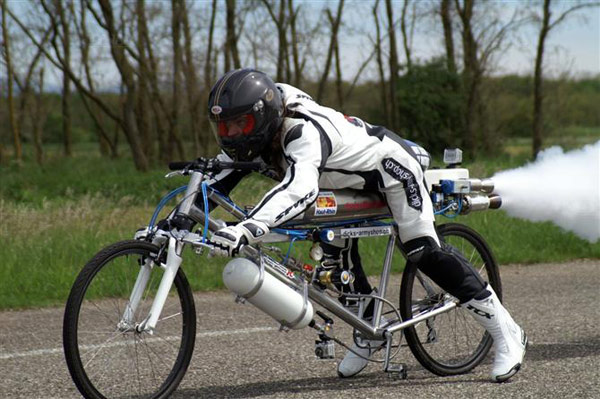 rocket powered bicycle francois gissy
