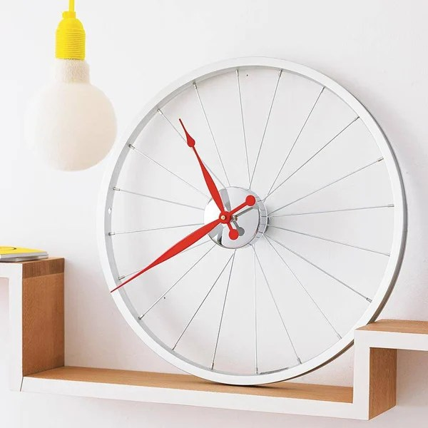 bike wheel clock red white