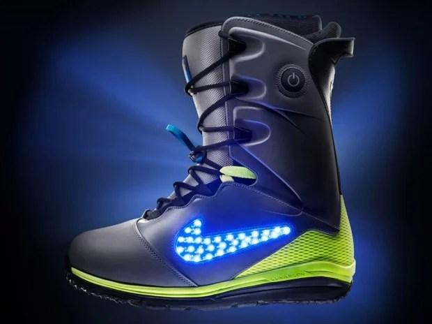nike lunar endor snowboard boot 620x464