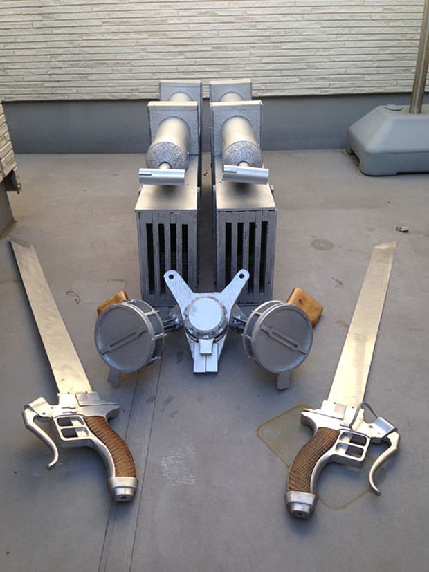 Attack on Titan 3D Maneuver Gear Replica is Ready to Slice