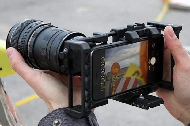 Beastgrip Pro Turns Your Smartphone into a Pro Camera - Technabob