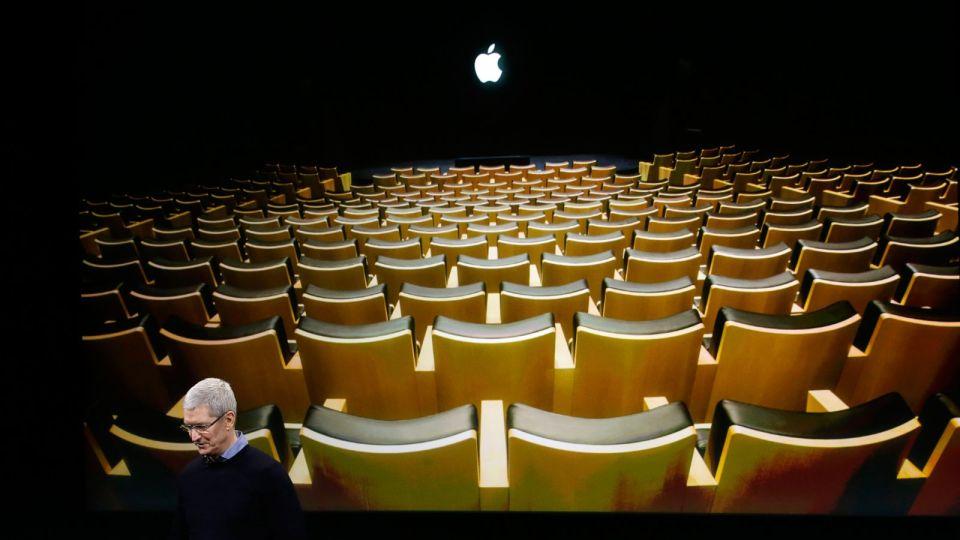 애플 (Apple), 지속 성장을 위하여 iPhone SE 출시