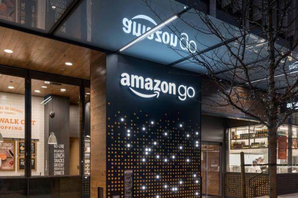 아마존, 계산대 없는 식료품점 Amazon Go 대중에게 첫 공개