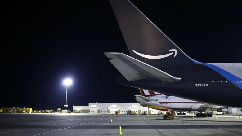 아마존, 델타 중고 항공기 구매…배송회사들과 본격 경쟁 나서