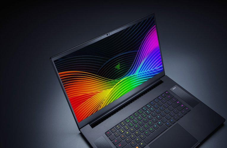 The new Blade 17 Pro from Razer offers a 300 Hz display and NVIDIA's RTX 2080 super graphics