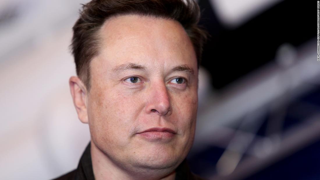 Barefoot Elon Musk says 'a bunch of people will probably die' getting to Mars - CNN