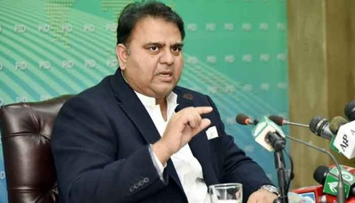 PM Imran Khan formally hands over information ministry portfolio to Fawad Chaudhry