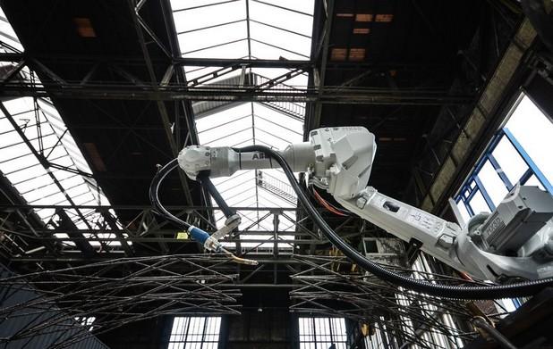 Амстердам издига мост, отпечатан на 3D принтер